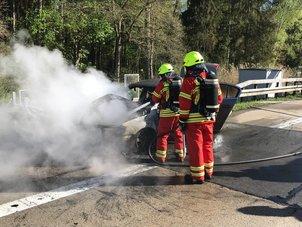 VW brannte lichterloh